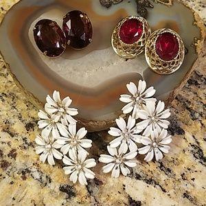 3 pair vintage clip on earrings GUC